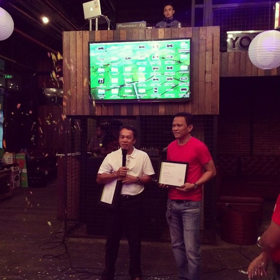 Congrats Sir Sandy on your 20th Anniversary in Herbalife Philippines:)) Herbalifeph 20thanniversary