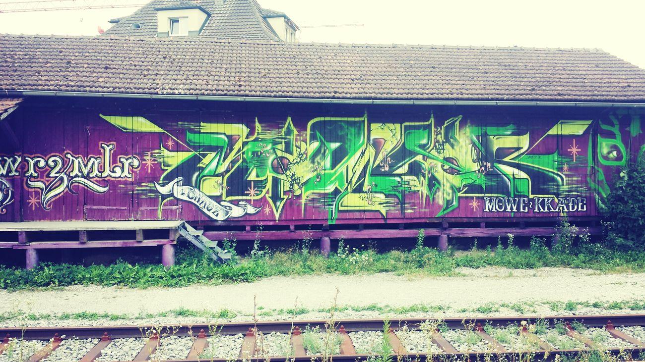 Bahnhofs Hood