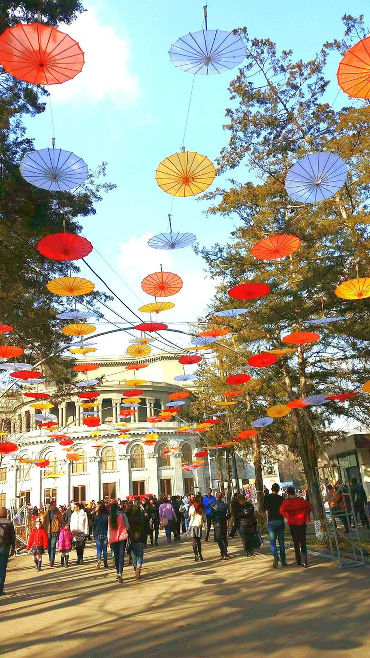 Built Structure Architecture Outdoors❤ Celebration March 8th!!!!!. Coolday 💟 Womenday 😍😍 Opera And Ballet Theatre Nice Atmosphere Taking Photos ❤ 😊😊😊 Smile And Be Happy😇 Colorful Umbrellas ☂⛱⛱🌈