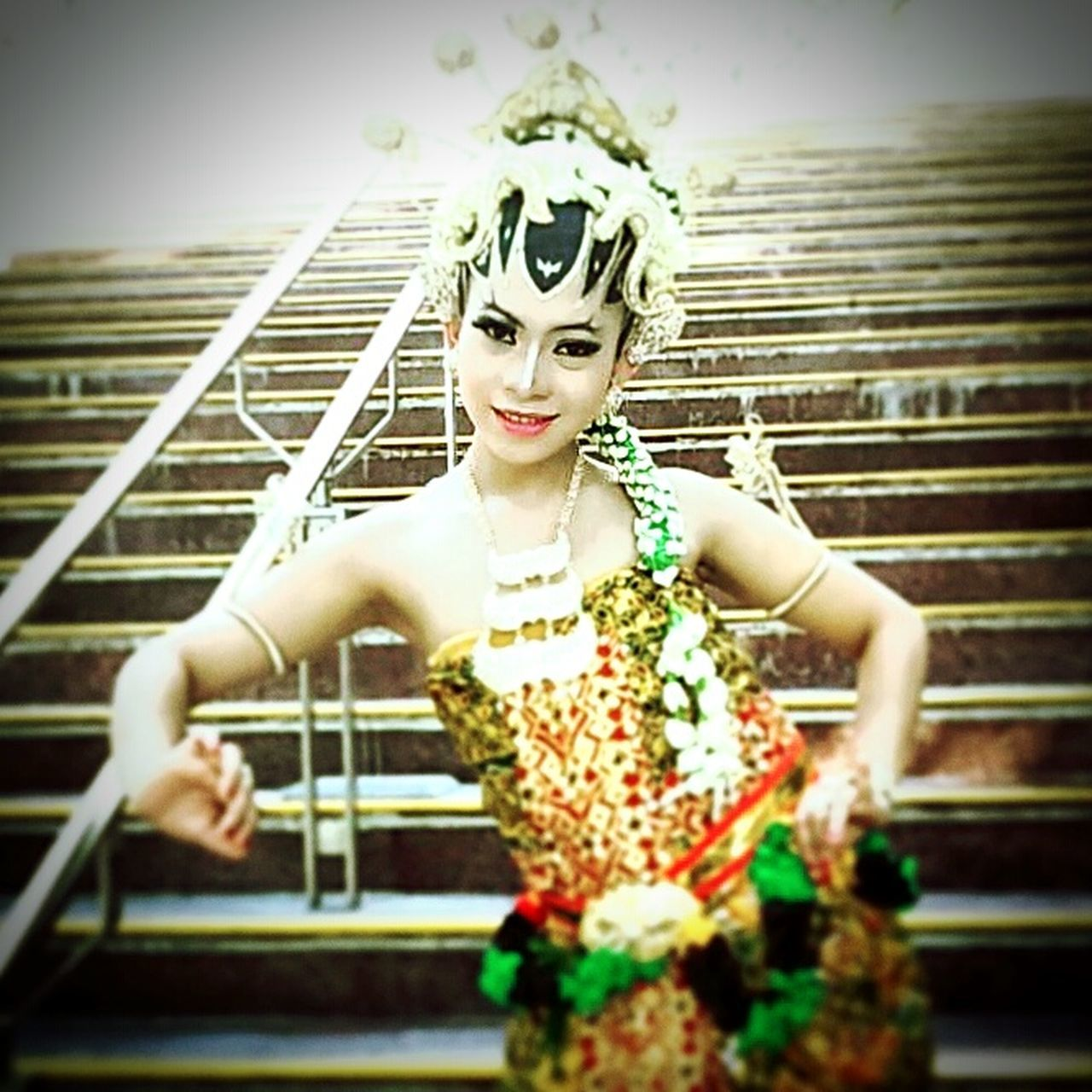 love indonesia First Eyeem Photo EyeEmNewHere Only Women Wedding Dress Indonesia Traditional Indonesian Photographers Collection Indonesiaku1 Indonesia Culture