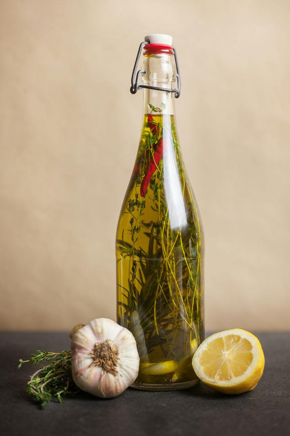 Beautiful stock photos of oil, Berlin, Bottle, Citrus Fruit, Cooking Oil