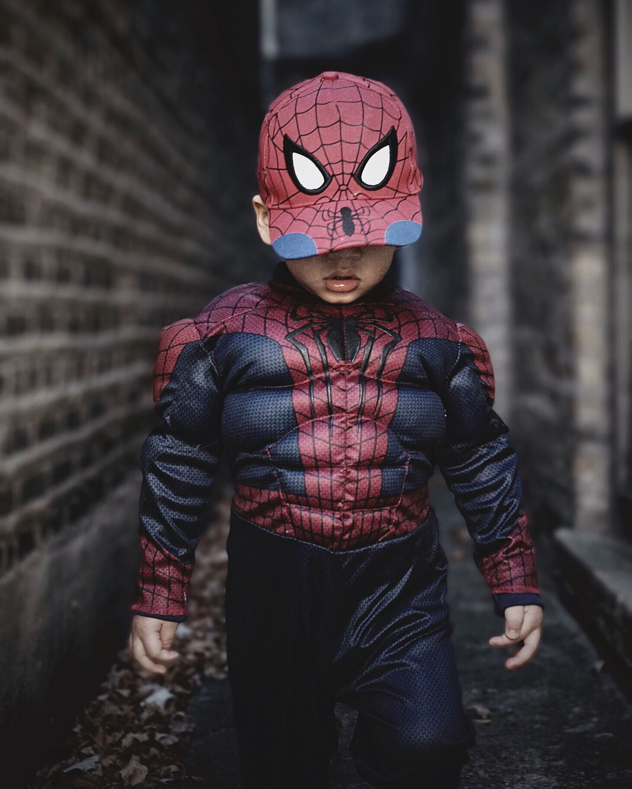 Saving the World EyeEm Best Shots EyeEm Spiderman Capture The Moment Portrait Texture Texturedgangways EliotAndres