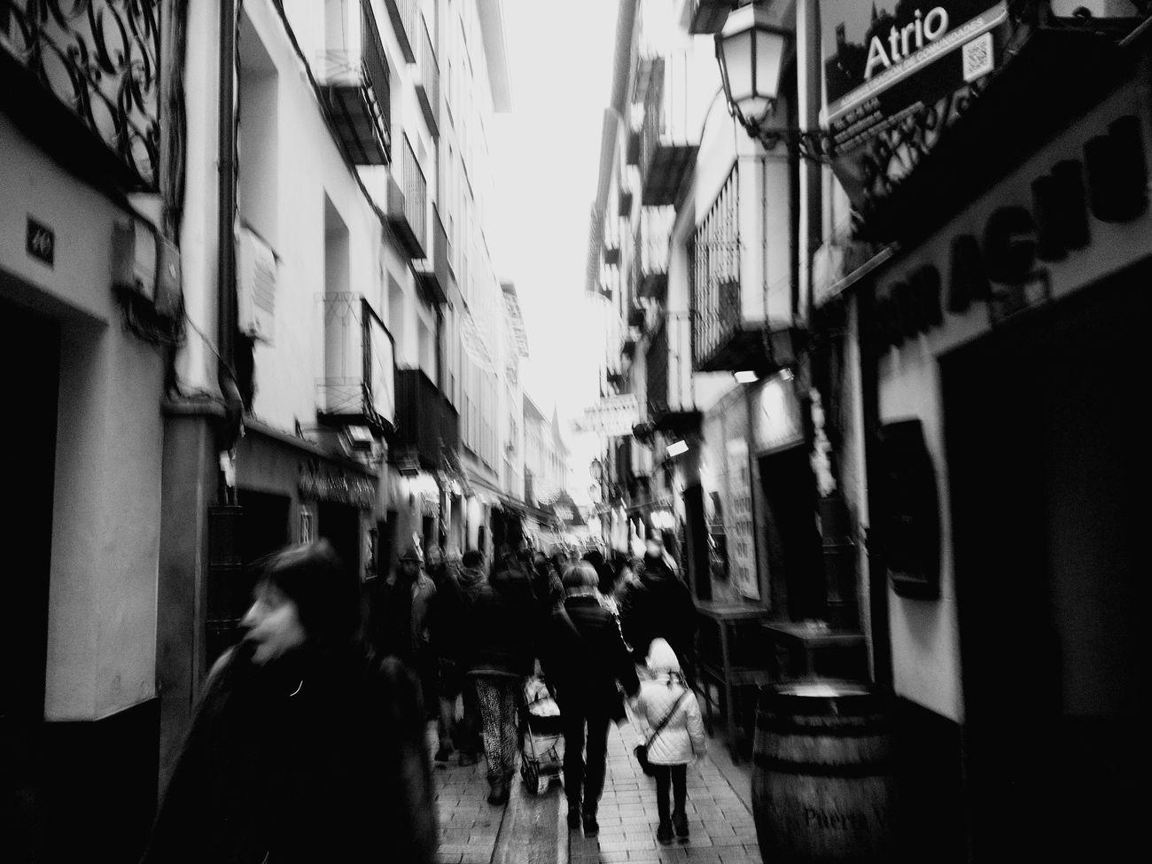 Logroño Street Callelaurel People Blackandwhite Rainy Day