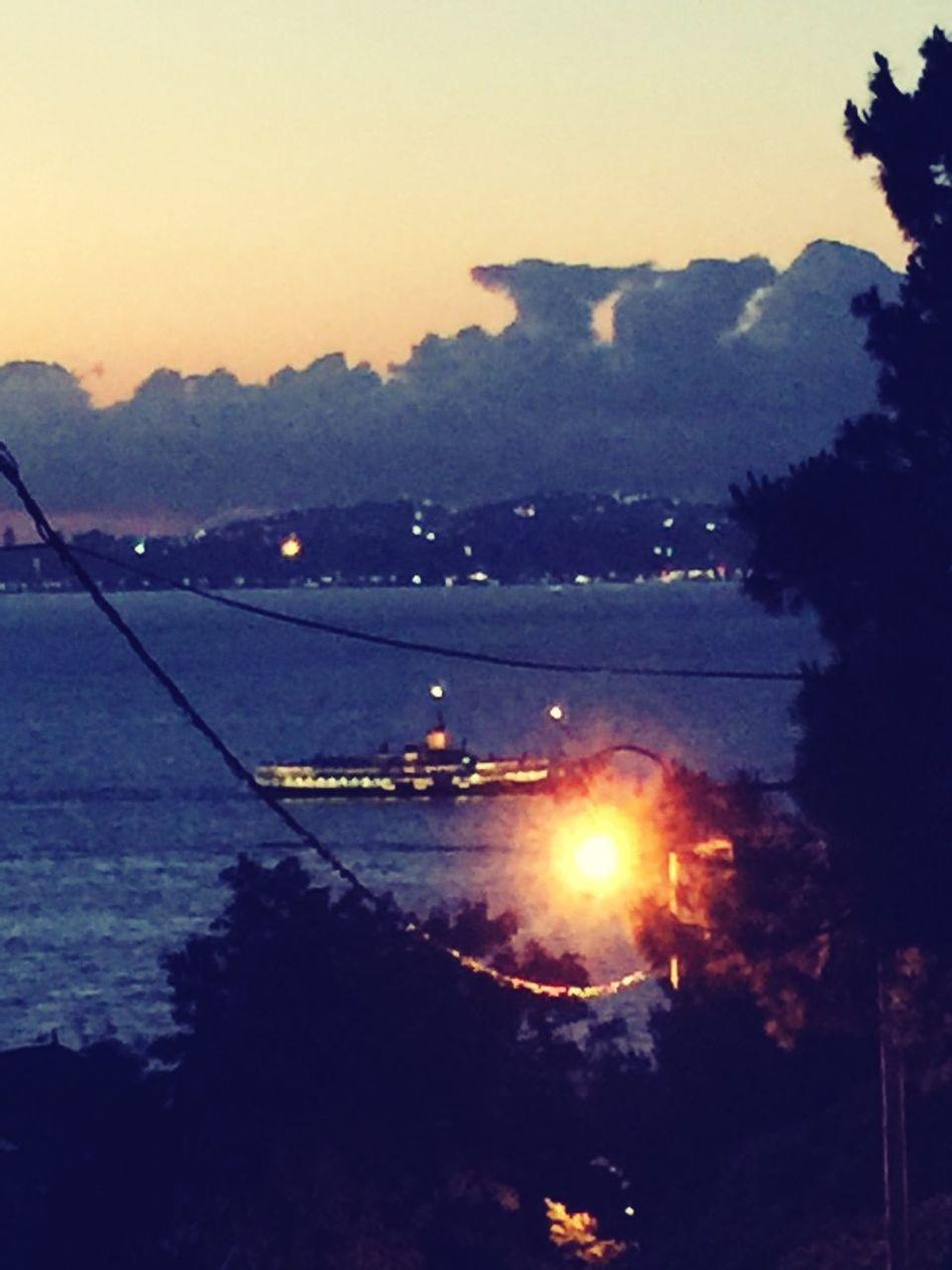 Nightphotography Night Lights Ferryboat şehirhatlarıvapuru Sehirhatlari Vapur Mobile Photography Mobilephotography IPhoneography Prinkipo Showcase July