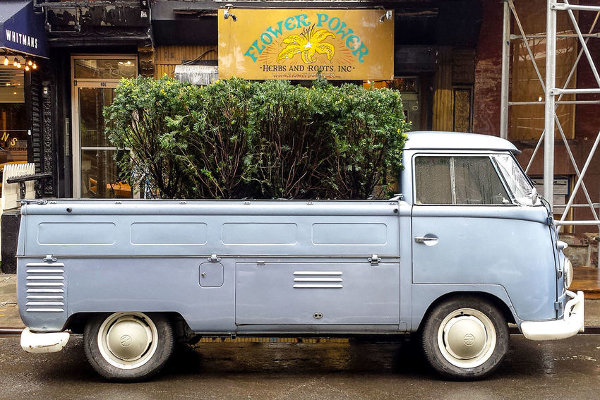 Flower Power. East 9th St, East Village, Manhattan, New York Car East Village Flower Power Flower Power🌼 Motor Home New York Night No People Outdoors Tranquility Truck Stop Volkswagen Adapted To The City