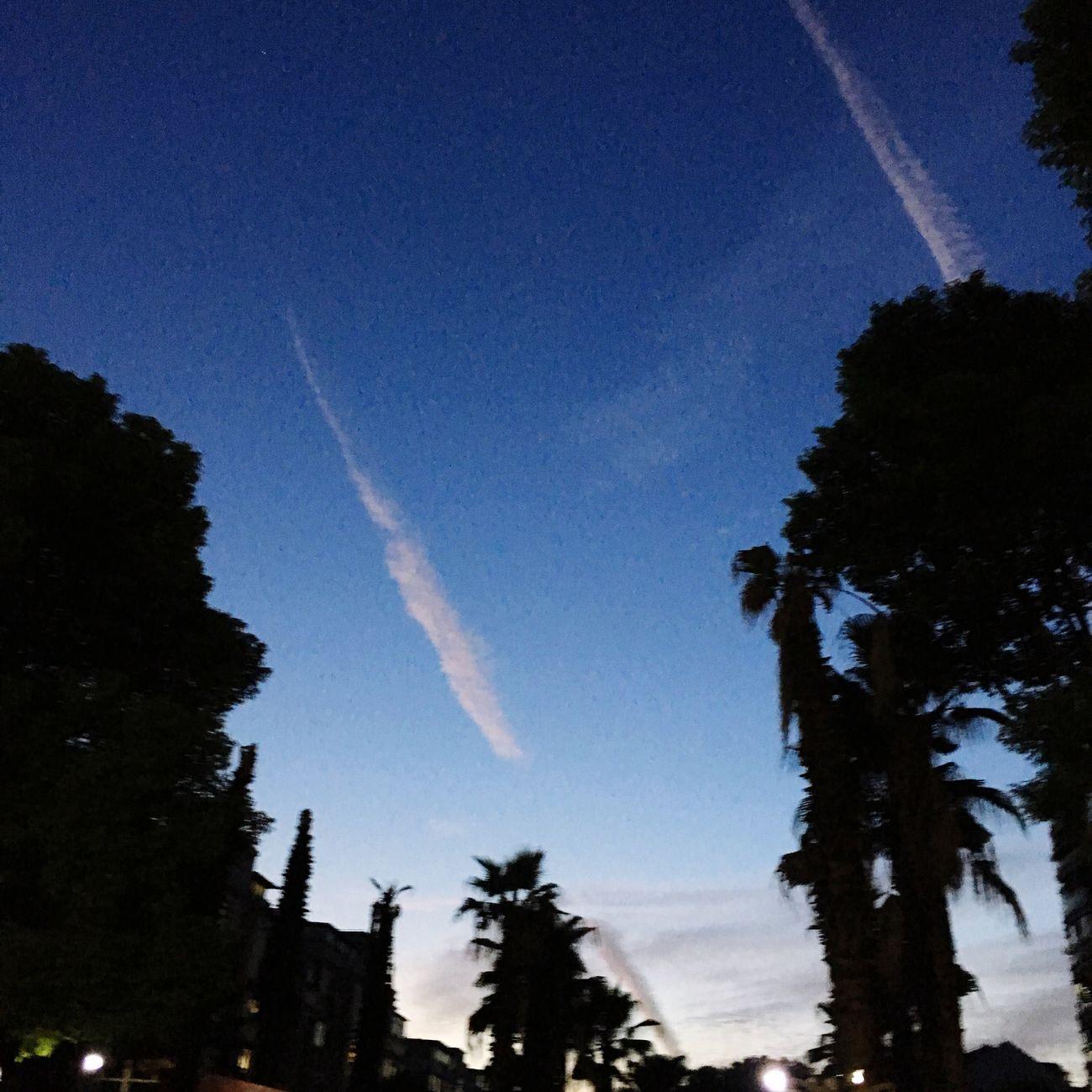 傍晚上海的天空