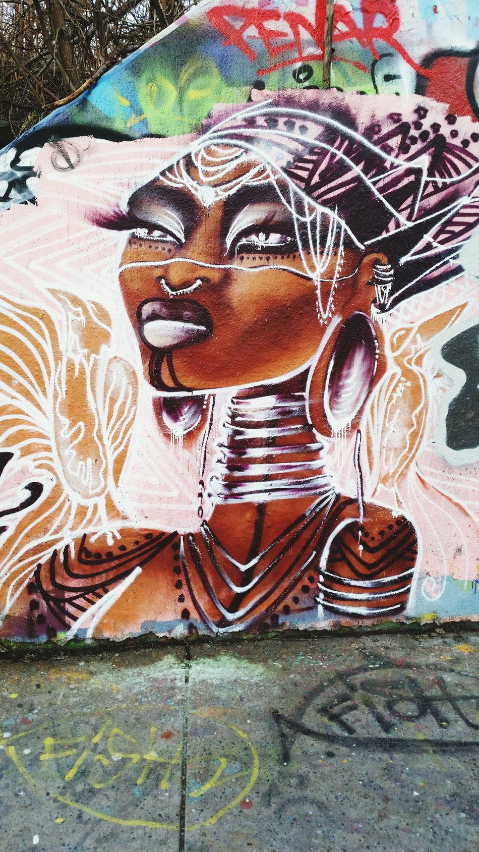 Strong Woman... Wonder woman... Always and forever strong... Graffiti Art Grafika Grafitti Graffiti Wall Melitowalks Melito-arts Africanwoman Worldwoman