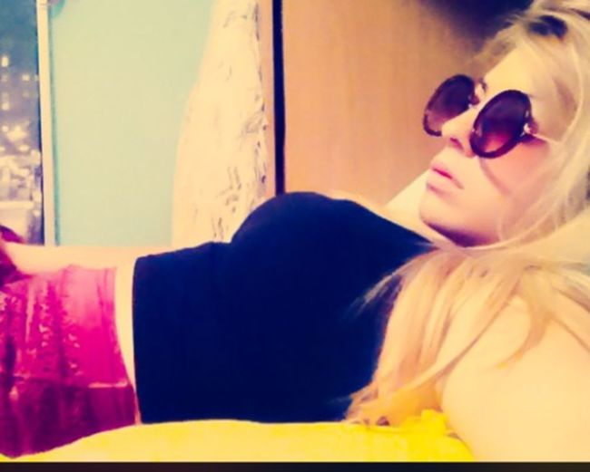 Relax🌸 Relaxing Summertime Good Evening BlondePower Fun Friyay Fashionblogger Cmblog
