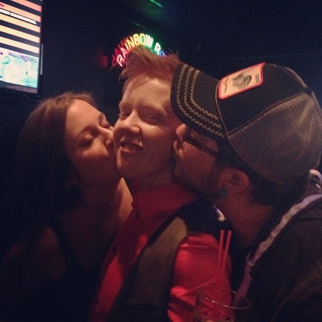 A face that was made to be kissed. Collegebuddy Limeybastard Reunited  Tool