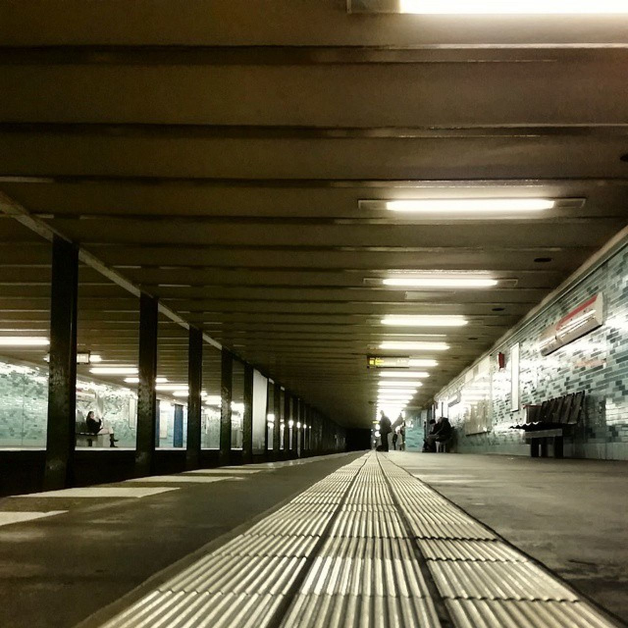 ceiling, transportation, indoors, the way forward, illuminated, built structure, architecture, day, no people