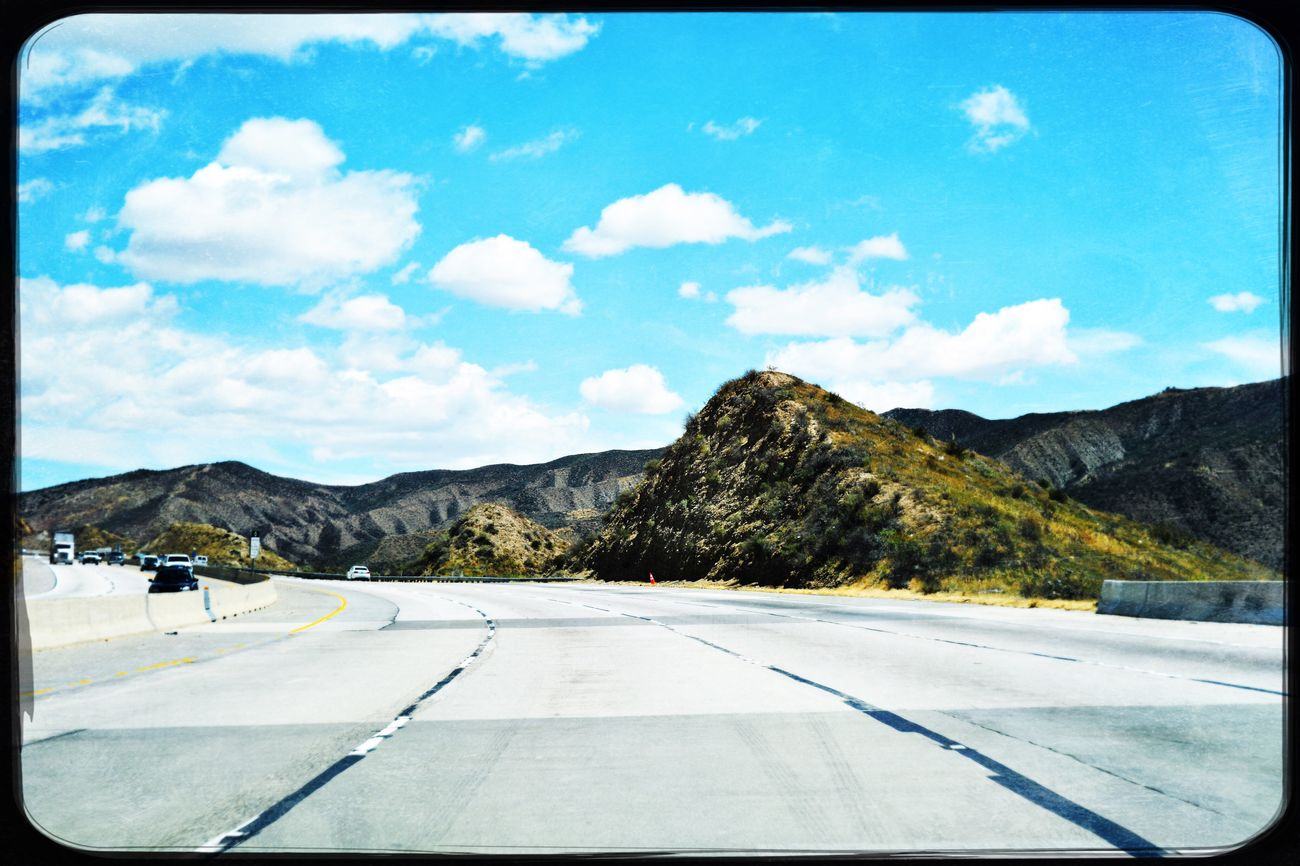 From My Point Of View Mountain View Check This Out Horizon Over Land Blurred Perspective drive Goodnight EyeEm Taking Photos Road Trip