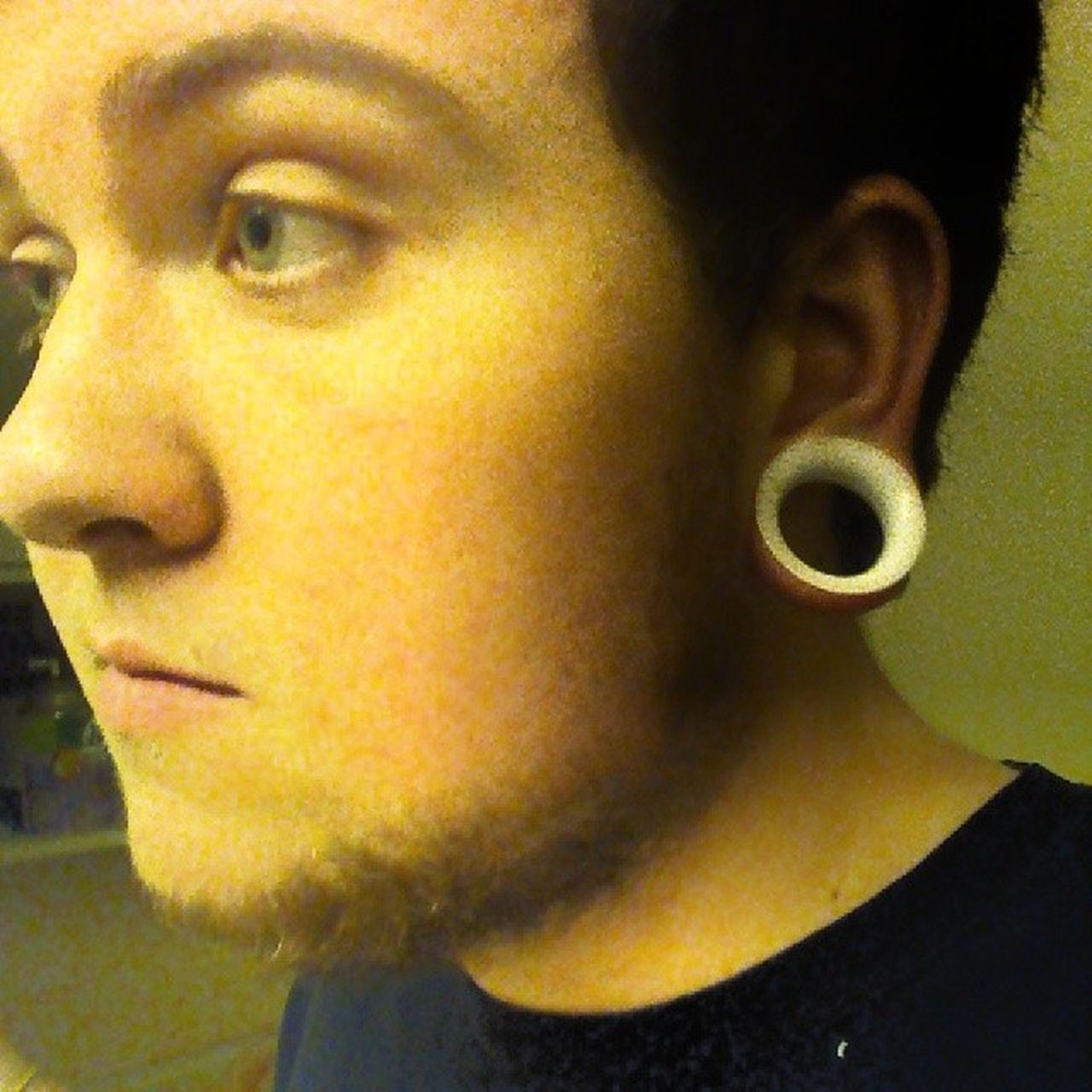 Got my new ear skins skins today. Holy shit comfortable. And they .make my ears look ten times bigger! Earskins Whitetunnels Tunnels Guyswithstreatchedlobes bodymods TheThingsWeDoToMakeOurselvesBeautiful @all_bodymodification