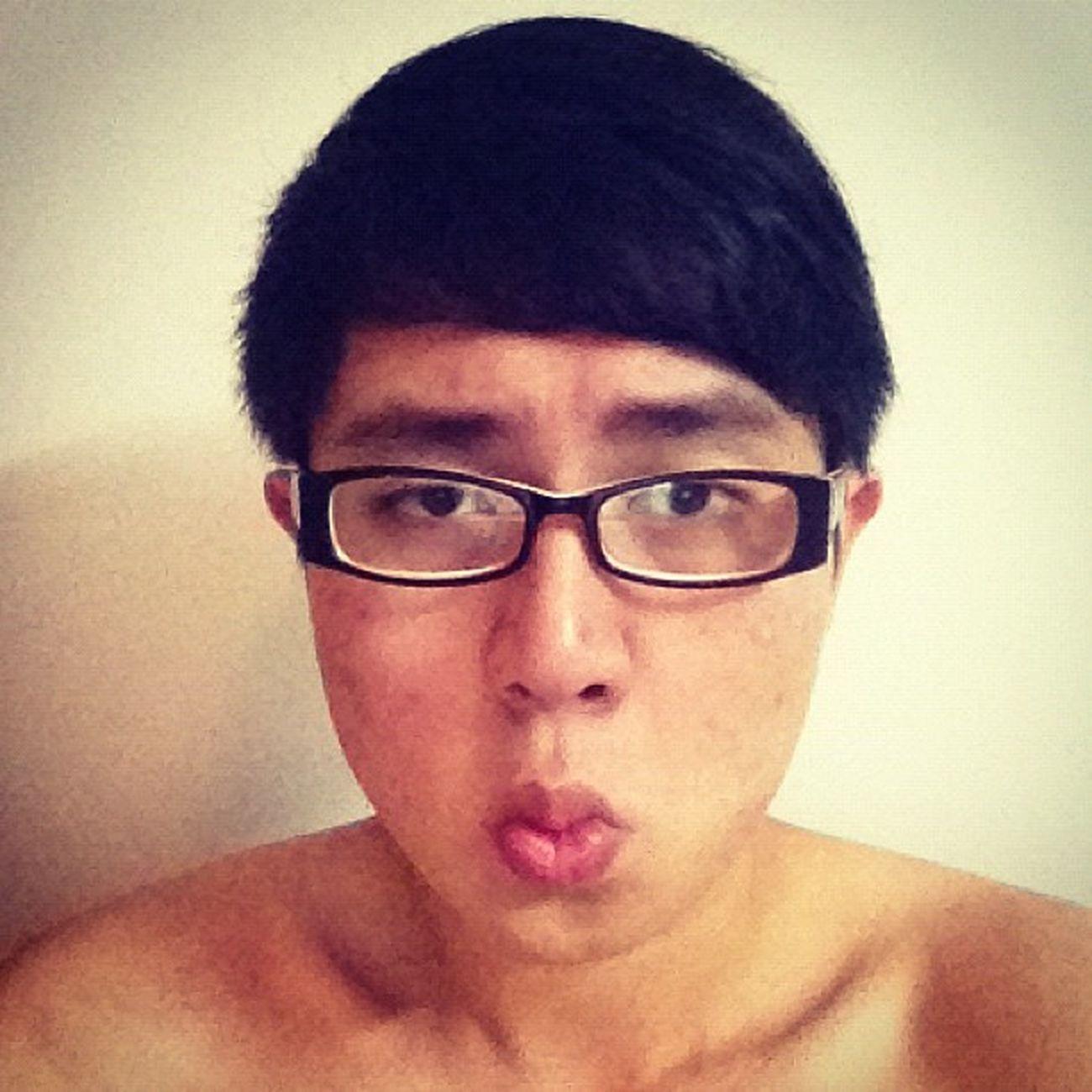 Đã xấu cắt tóc cái còn xấu bạo dạn hơnnn :((