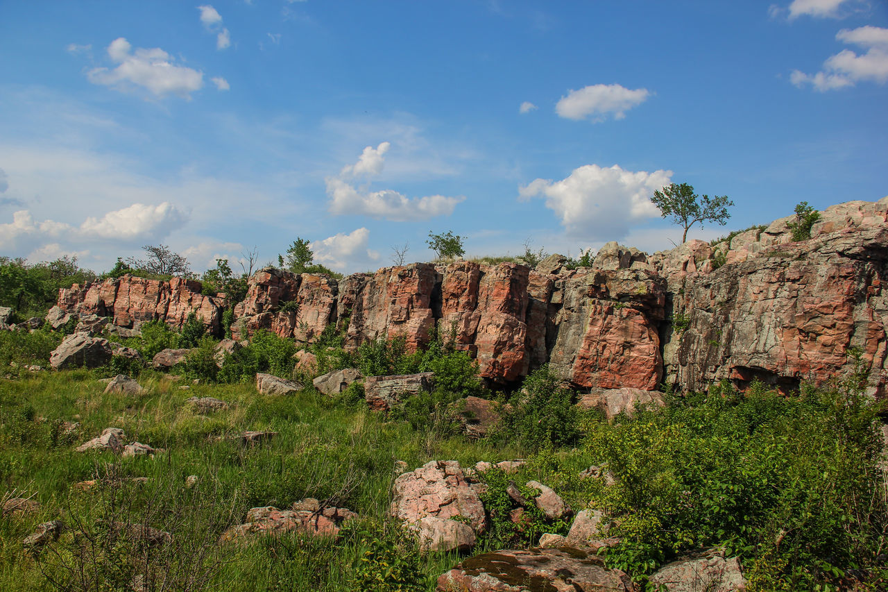 Sioux quartzite rock outcropping. Beauty In Nature Blue Sky Canon60d Canonphotography Clouds Geology Green Landscape Nature Outdoors Pipestone National Monument Plant Rock Rock Formation Rock Outcrop Scenics Stone Summer Tranquil Scene