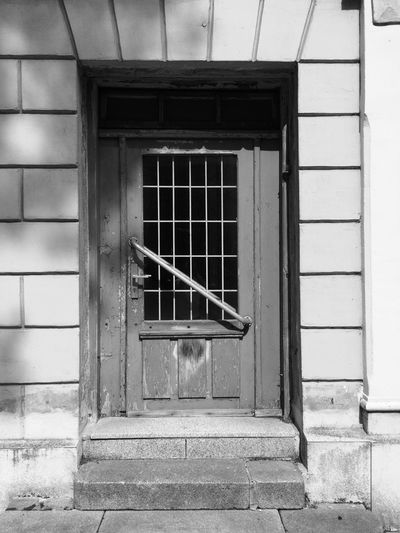 2017 Door Architecture Building Exterior Built Structure House No People Day Outdoors Blackandwhite Black And White Black & White Blackandwhite Photography Black And White Photography Black&white Mecklenburg-Vorpommern