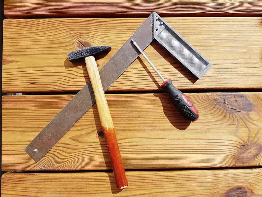 Wood - Material Woodworking Hammer Winkel Angle Corner Screwdriver Homeworking Homework Second Acts