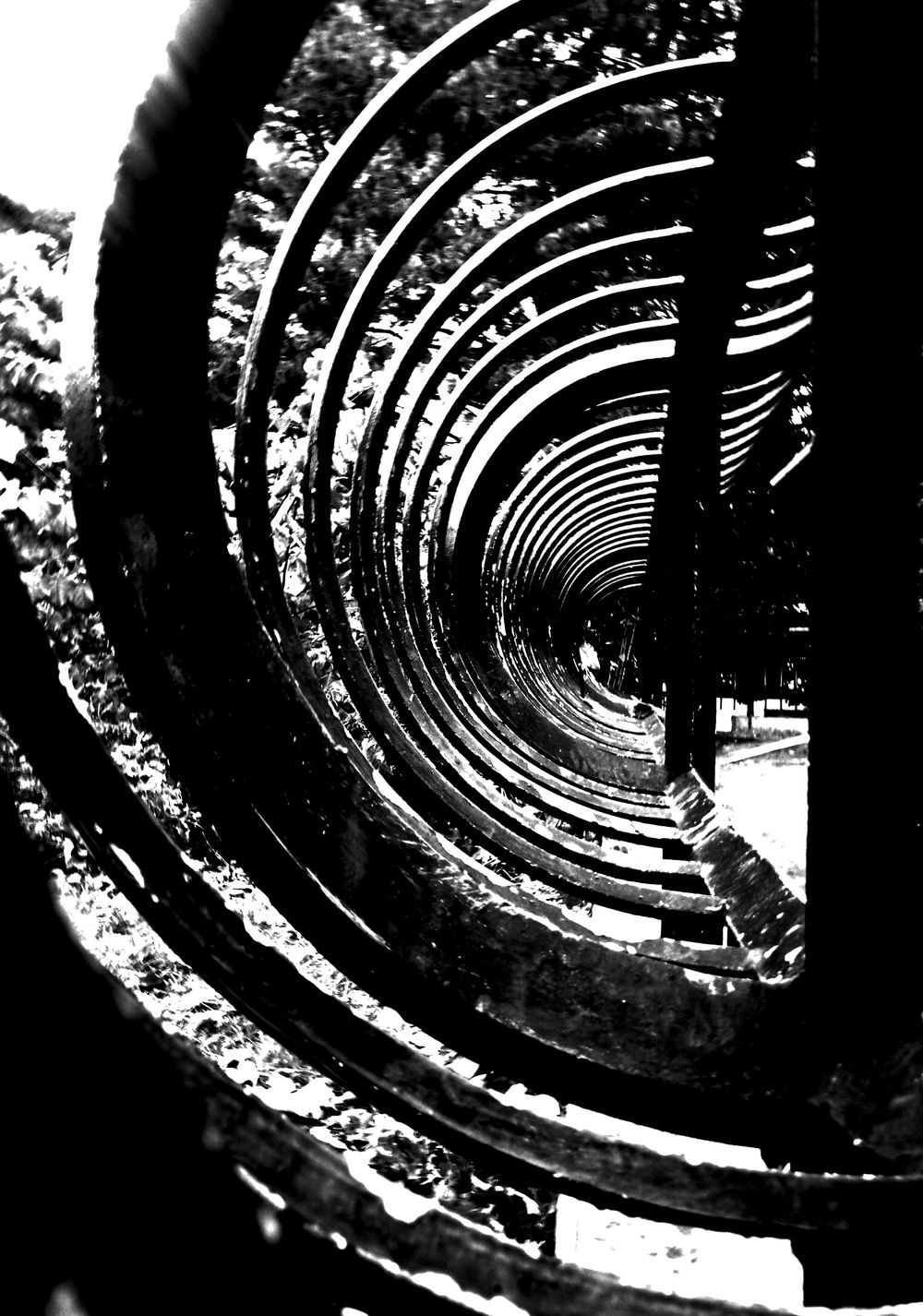 """New Theory"" by edemirbarrosfotografi EyeEm Black&white! First Eyeem Photo Newyorkcity Central Park Nycprimeshot Hello World Futuristic IloveBlackAndWhite Darkness And Light My View Eyem Gallery NYC Street PhotographyAbstractarchitecture A Black And White Day I Love My City Minimalism My View This Morning.. My Vision Artwork My Village In My Zone PicArt ArtInMyLife I Love Art Monochrome Light And Shadow"