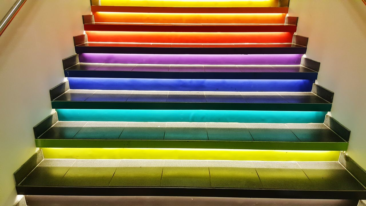 Eyem Best Shots Stairs Colorful Shopping Mall Walking Exercise Art Beautiful Norway Oslo Oslocity