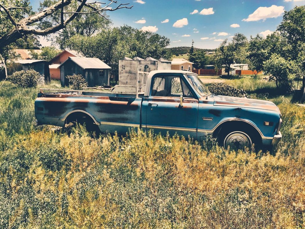 """Final Resting Place"" An old pickup truck is retired to a final field of rest in the Village of Corona, New Mexico, USA. Truck Oldtruck Classictruck Vintage Cars Rural Scene Abandoned Abandoned & Derelict Abandonedtruck Newmexicophotography Clouds And Sky Newmexico"