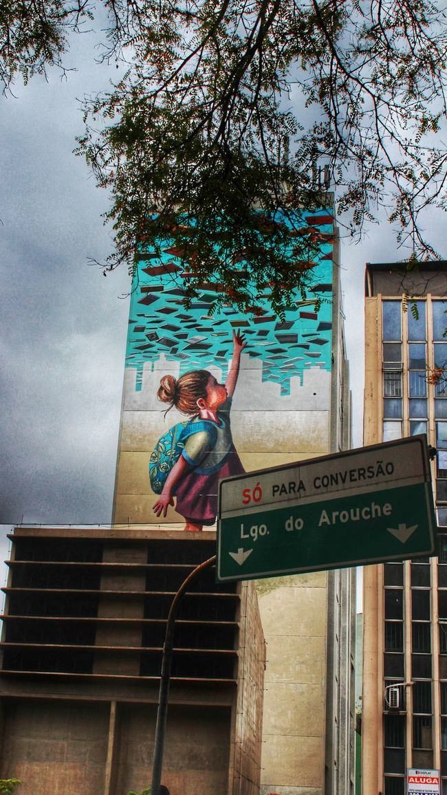 Sao Paulo - Brazil Consolaçao Week Of Eyeem Street Art/Graffiti Outdoors Undergroundphotography Innocence Fantastic View Low Angle View City Life
