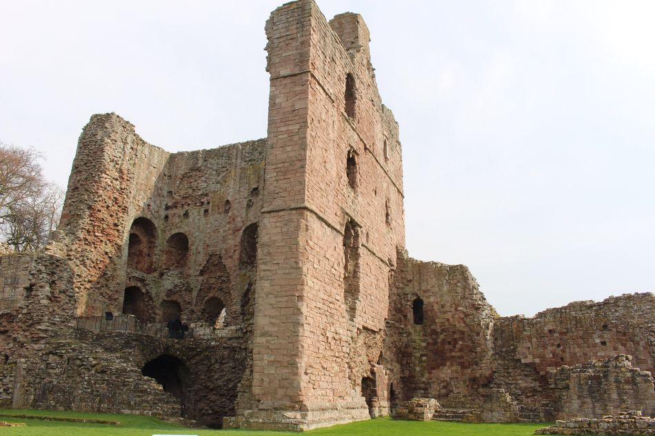 Ruin History Architecture Old Ruin Ancient The Past Built Structure Building Exterior Castle Travel Destinations Day Ancient Civilization Northumberland Weathered Fort Outdoors No People Low Angle View Sky