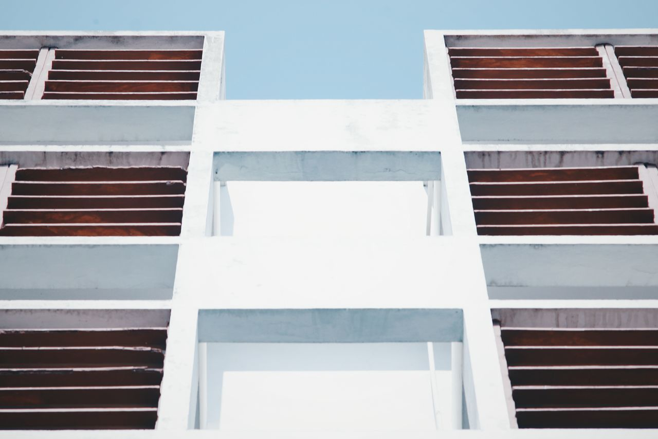 Building Exterior Architecture Built Structure Outdoors Window Day Low Angle View No People Sky