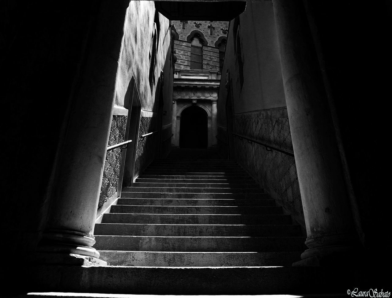 indoors, architecture, built structure, steps, architectural column, no people, day