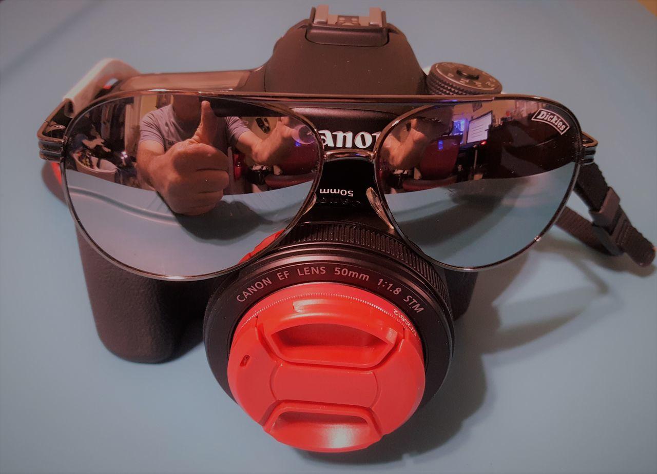 Camera - Photographic Equipment Chilling Close-up Cool Eye4photography  EyeEm Best Shots EyeEm Gallery Studio Shot