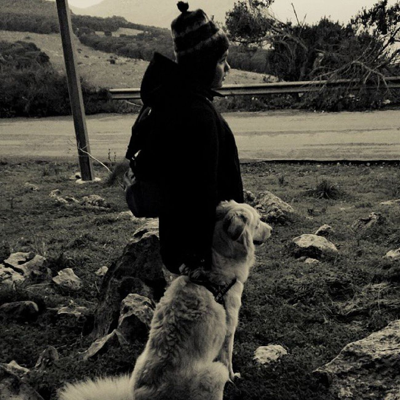No doubt dogs are men's best friend Instagood Doglover Countryside Picoftheday Bestfriend Friend Freezingcold Blackandwhite Sicily Endofholidays
