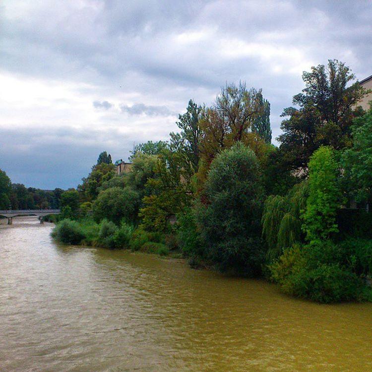 Isar River near Zentrum . City center. münchen munich, Germany Deutschland. Taken by my sonyericsson xperia arc نهر ميونخ المانيا