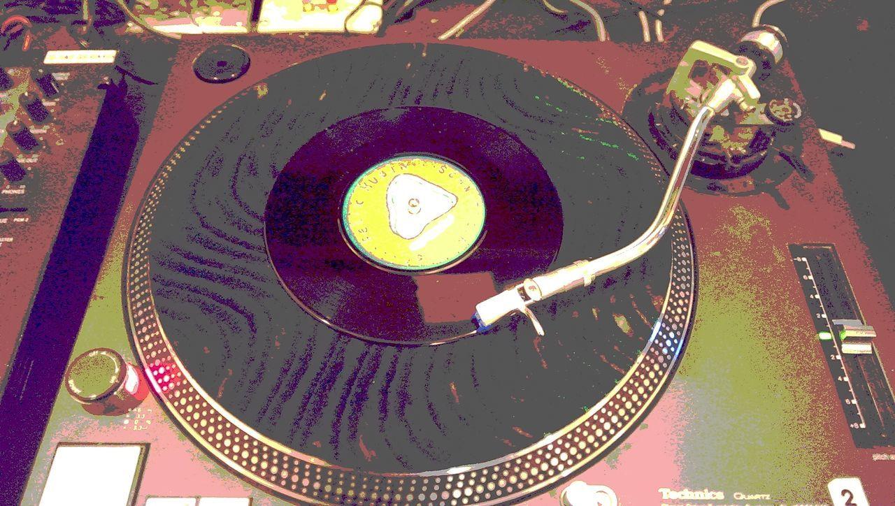 Vinyl Studio Posterized