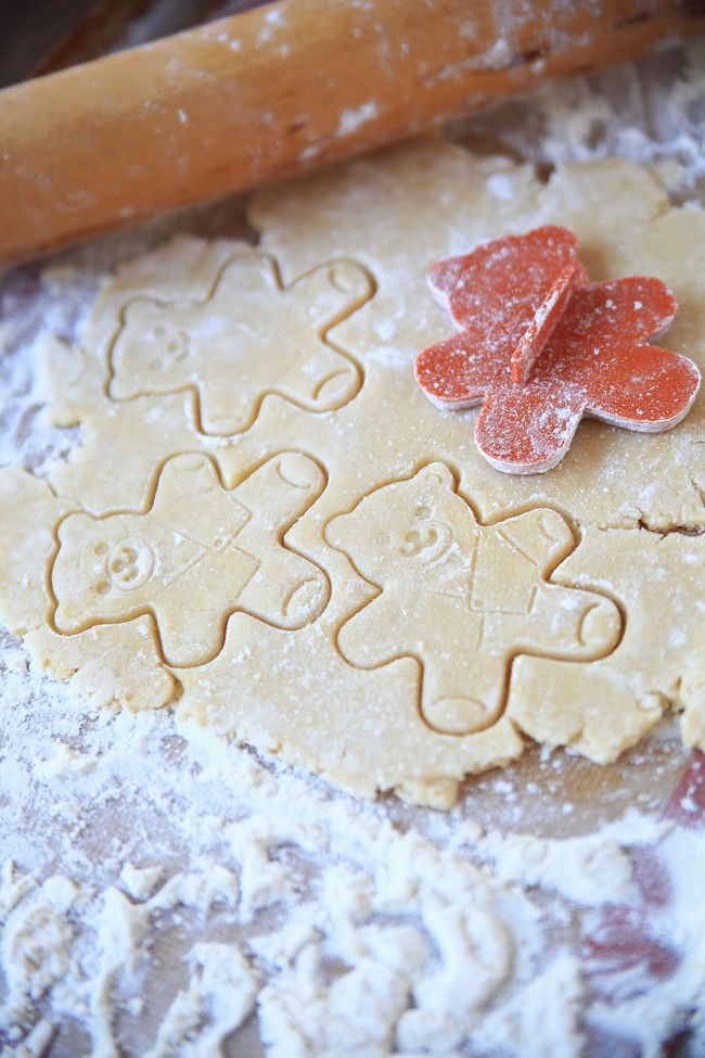 Making teddy bear-shaped sugar cookies Beige Tones Close-up Cookie Cutter Flour Food Preparation For Kids Home Cooking Homemade Food Indoors  Indulgence Making Cookies Messy No People Rolling Pin Selective Focus Teddy Bear Shapes Textures Treats White