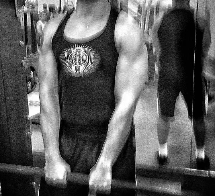 Blurred Lines.... Fitness Body And Fitness Self Portrait EyeEm Best Shots - Black + White Bnw That's Me Streamzoo Family Black And White Gym Gym Life