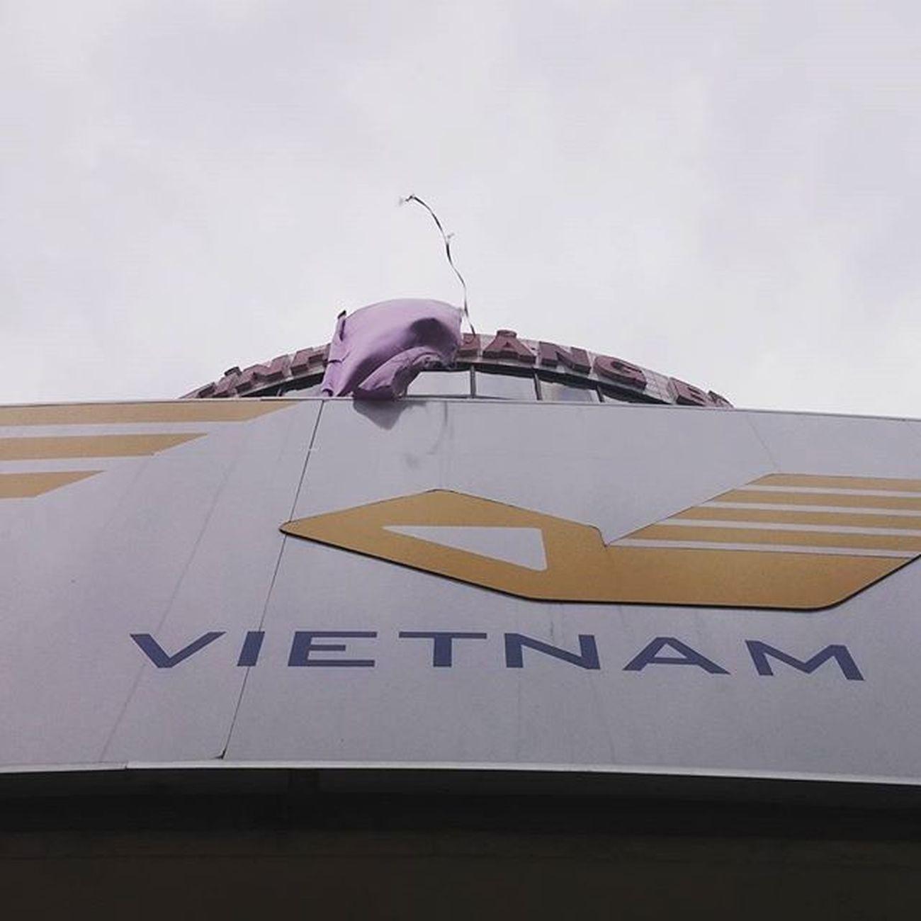 Post Qbinh Vietnam