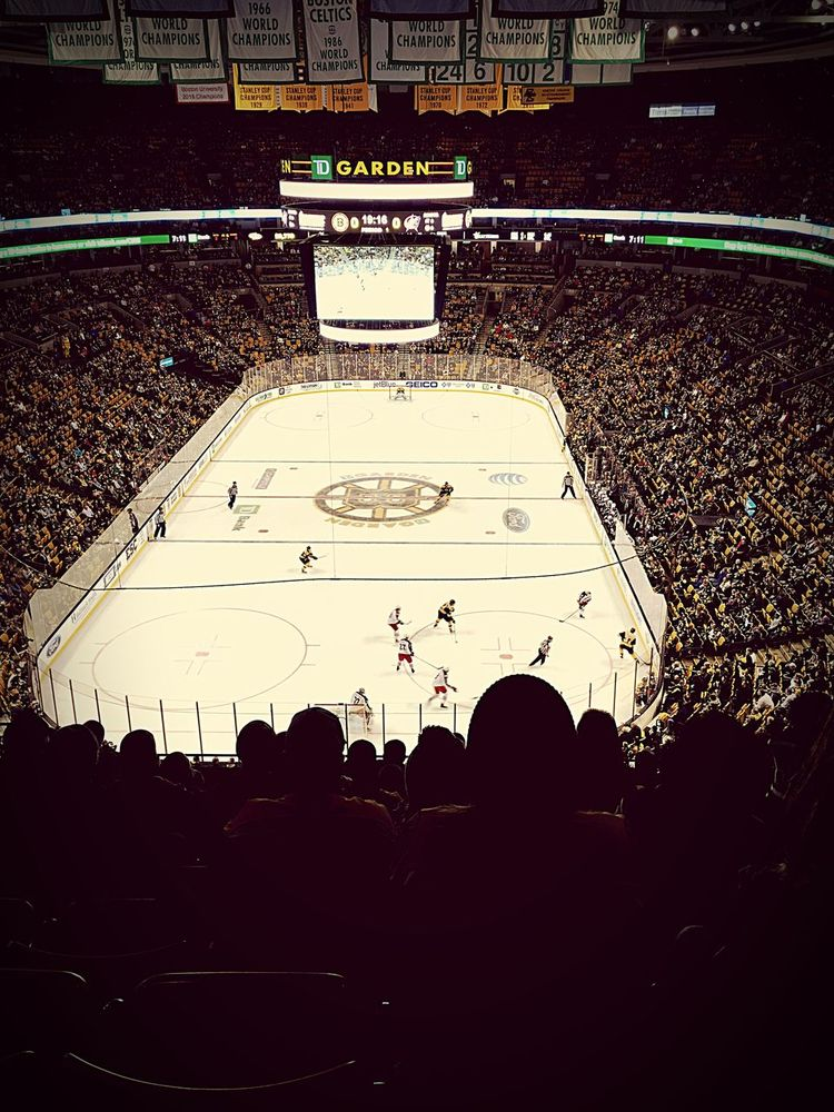BostonYoureMyHome Boston Bruins 🐻💛🏒 Battle Of The Cities Lovethatdirtywater Bruins Game