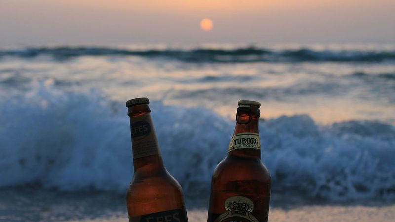ı ❤ Beer Being A Beach Bum Relaxing Couples❤❤❤ Life Is A Beach Kusadasi Kadınlar Denizi Enjoying The Sun Sunset Enjoying The Sunset