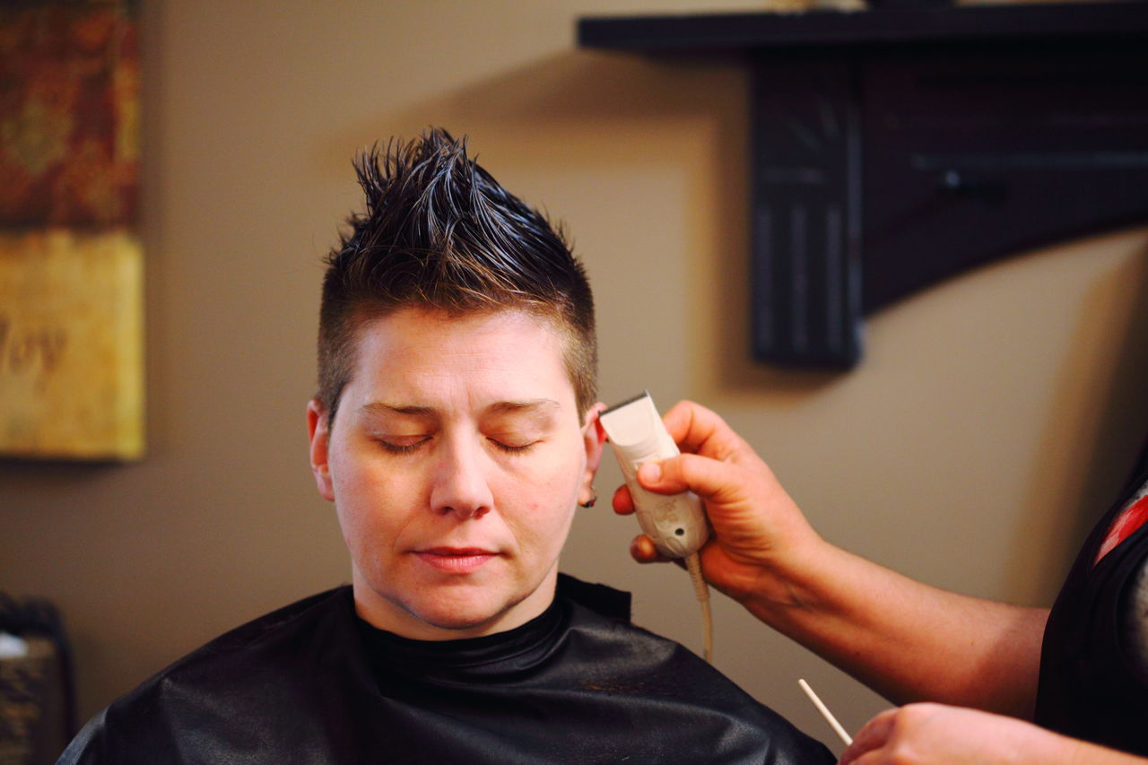 Beautiful stock photos of homosexuell, 35-39 Years, Barber, Barber Shop, Black Hair