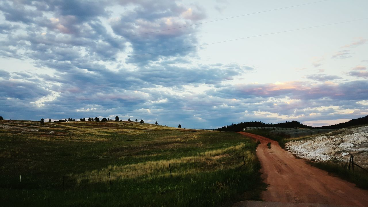 Wyoming. Landscape_photography Nature Sky And Clouds Sunset Meadow Path Dirt Road Wyoming Landscape Roadtrip Road To Nowhere Roadandscenery Landscape_photography Sky Trees And Clouds Beautiful Beautiful Nature Sommergefühle
