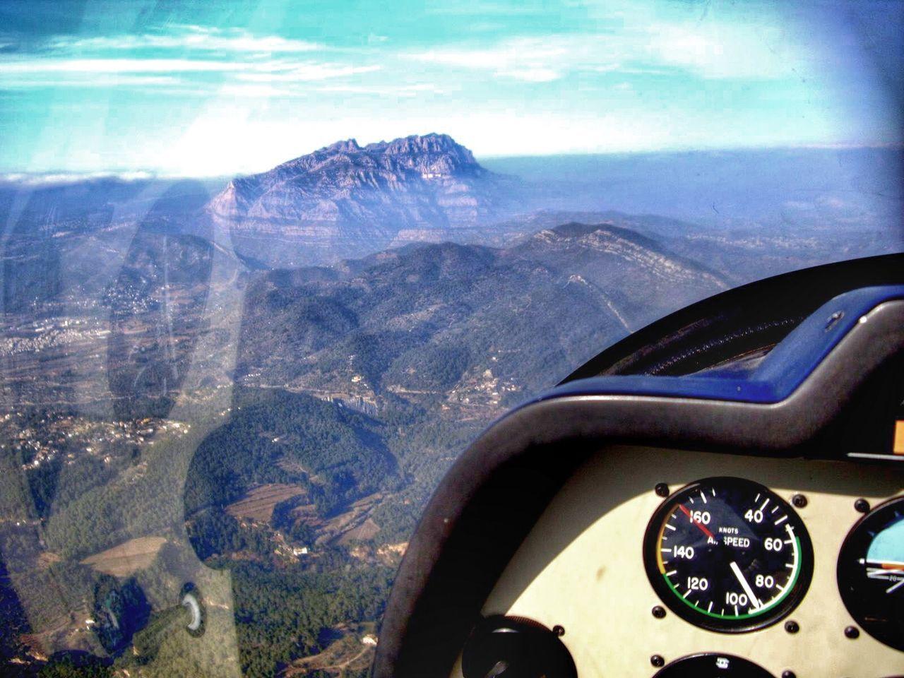 Flight Montserrat Robin