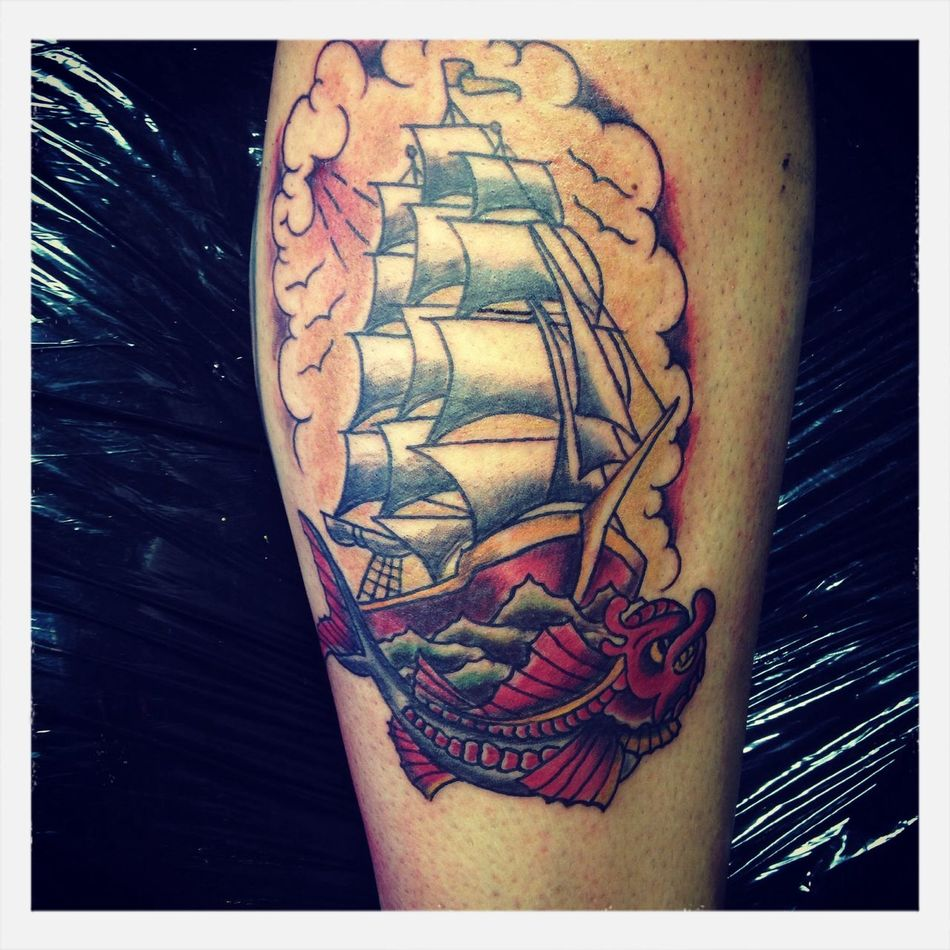 Ship and fish Getting Inked No Pain, No Gain Tattoo Old School inked