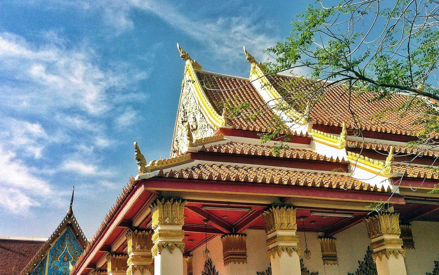 Praying Buddha Temple Thailand Samut Prakan