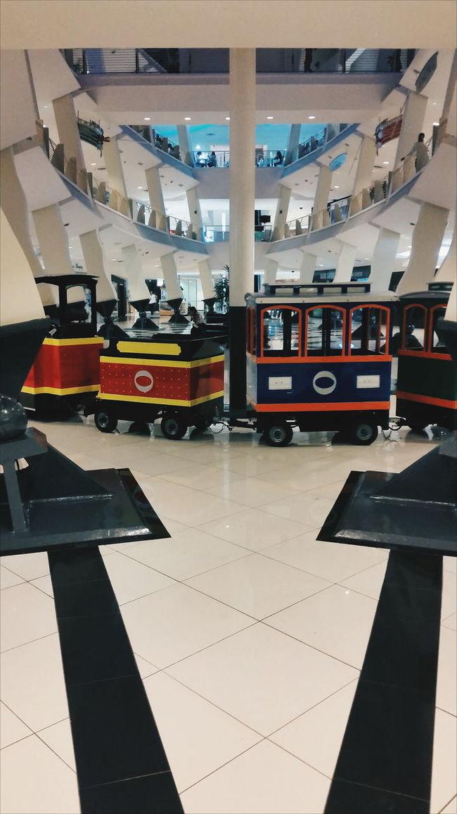 Hidden Gems  VSCO Vscpcam Mall Taking Photos EyeEm Market ©
