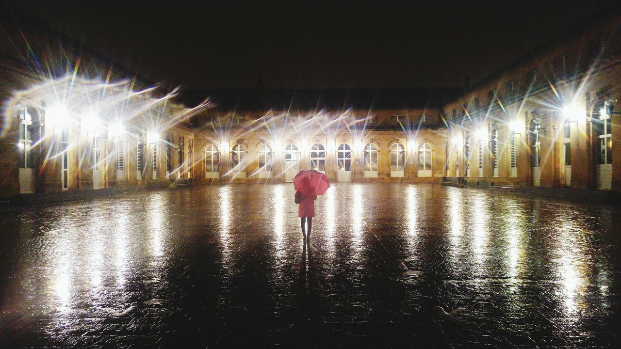 Illuminated One Person Full Length No People Outdoors Rain RainDrop Rainy Night Lights Place Marché Couvert De Metz Metz By Night Metz Metz, France Red Red Color Umbrella
