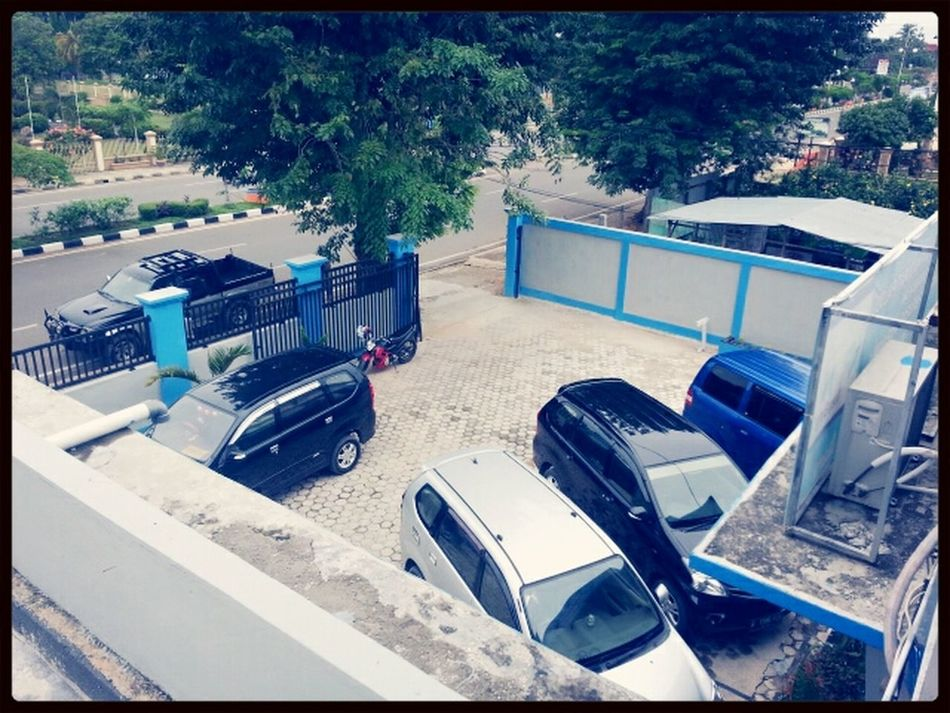 The parking view.. Parking Panorama