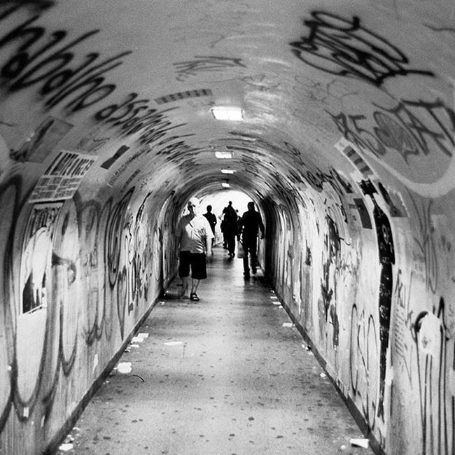 462 anos. São Paulo cidade hostil. Cidade concreto. SP462 Streetphotography Bw Leica Kodak Trix Adalbertorossette SP Leicam6
