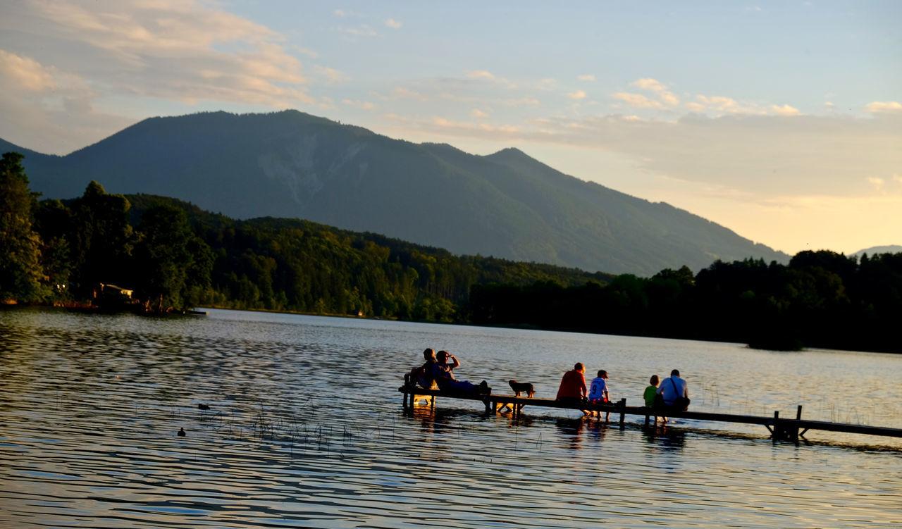 Men Mountain Mountain Range Outdoors People Real People Rowing Scenics Water Women