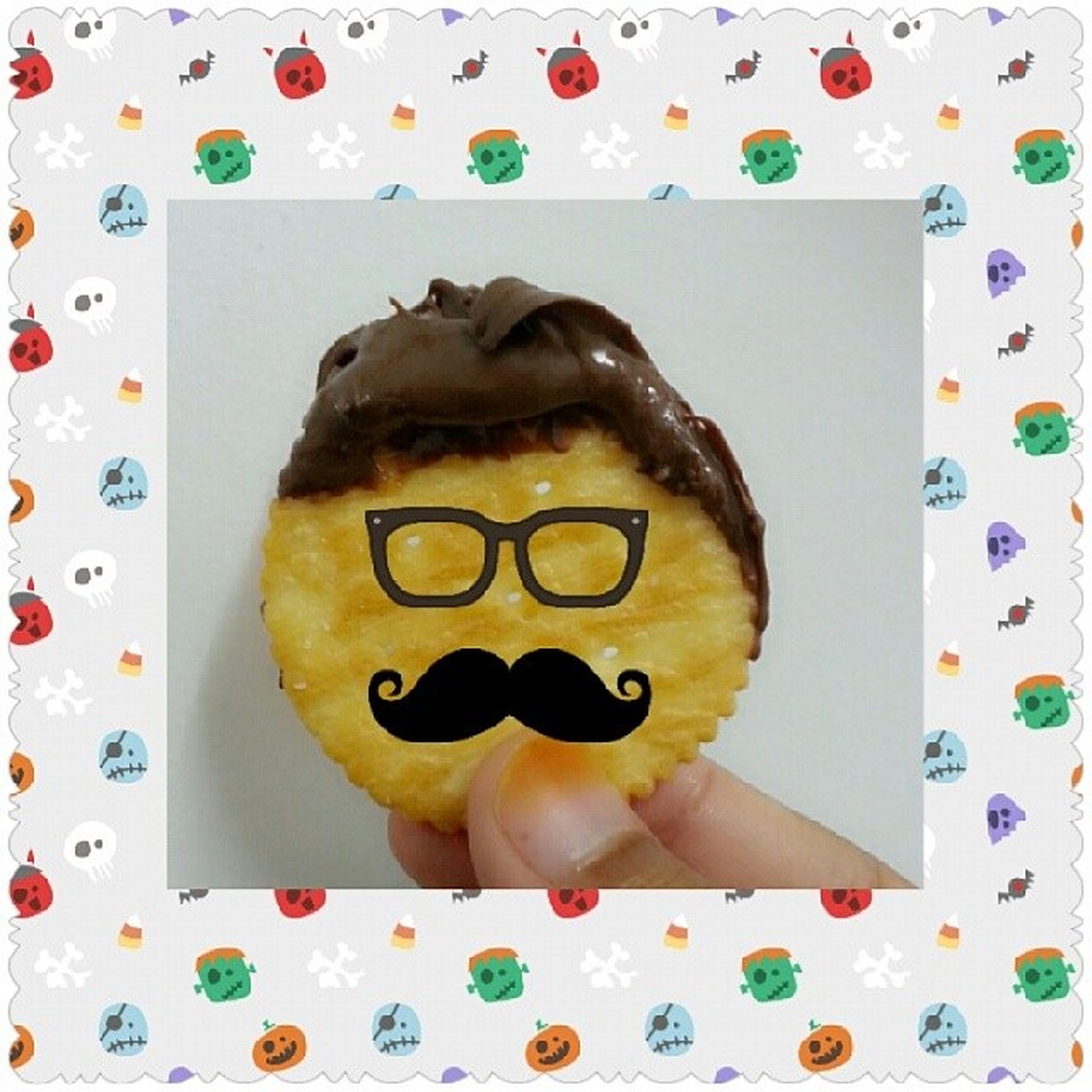 Hi...I'm mr.ritz biscuit... damn study laaaa... Finalexam Late 9jan