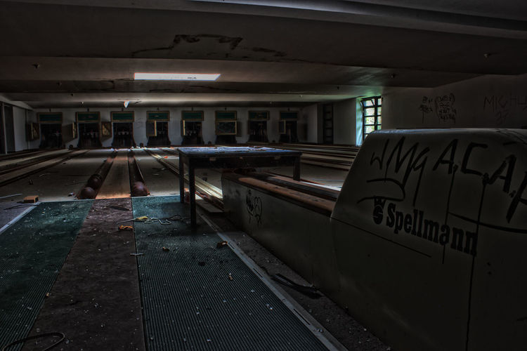 #bowling #sportpark #urbanexploration  Indoors  Kegel Kegeln Lost Place Lost Places Lostplaces Sportcenter  Urbexing Verlassene Orte Vintage Style First Eyeem Photo