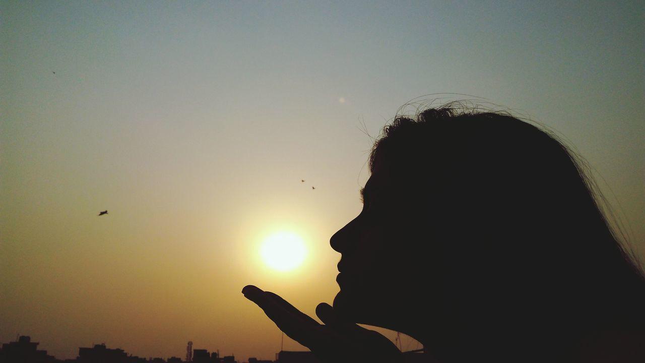 First Eyeem Photo Sunset Sunset #sun #clouds #skylovers #sky #nature #beautifulinnature #naturalbeauty #photography #landscape Getty Images Sun ☀ Sundown Sun Kissed Evening