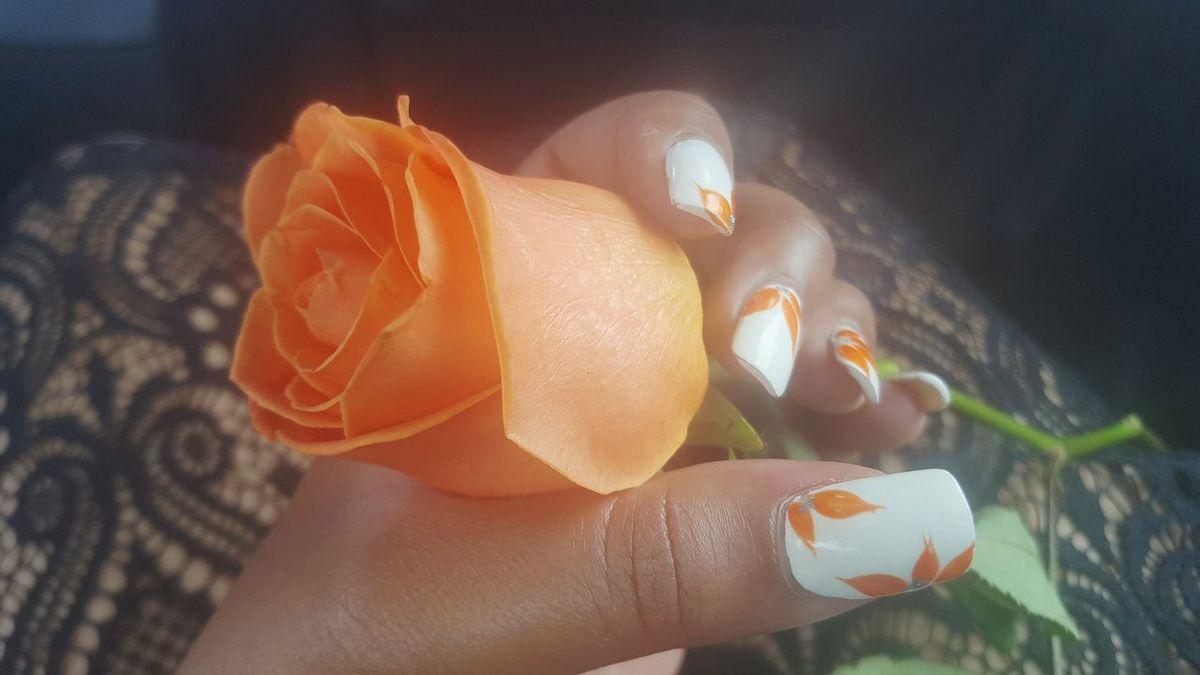 Grieving Flower Flower Collection Orange Flower Roses Black Lace Black Lace Dress Orange Rose Rosé Sadness Beauty In Nature Nature_collection EyeEm Nature Lover Colour Of Life Orange Color Orange Solitude TakeoverContrast